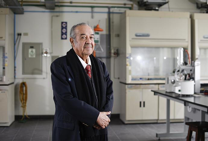 Reconocimiento al Dr. Gastón Vargas