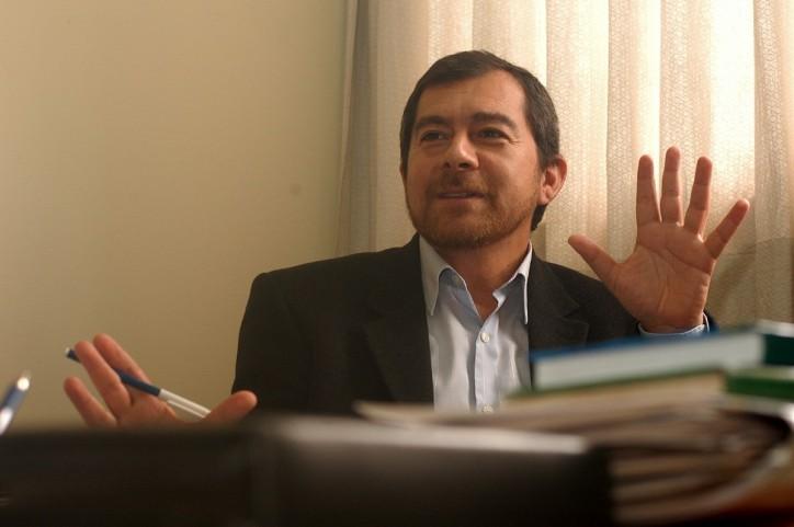 """Artículo de profesor Carlos Contreras """"Los 'antis' en nuestra historia política"""" El Comercio 14 de enero de 2017"""