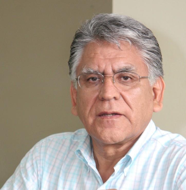 """Artículo de profesor Félix Jiménez """"Reconstrucción con trueque y silencio administrativo positivo"""" Diario UNO. 23 de abril de 2017."""