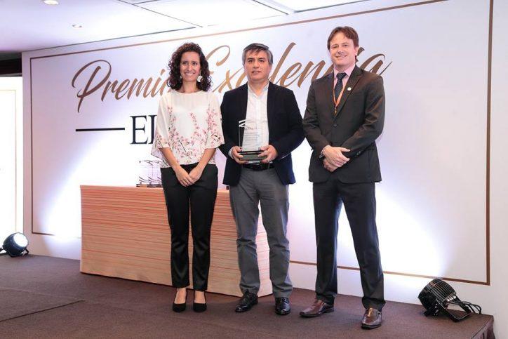 El profesor Gabriel Rodríguez recibió el Premio Elsevier a la Excelencia de Investigación.