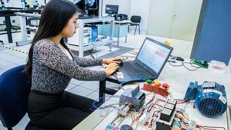 Curso de Capacitación en Controladores Lógicos Programables