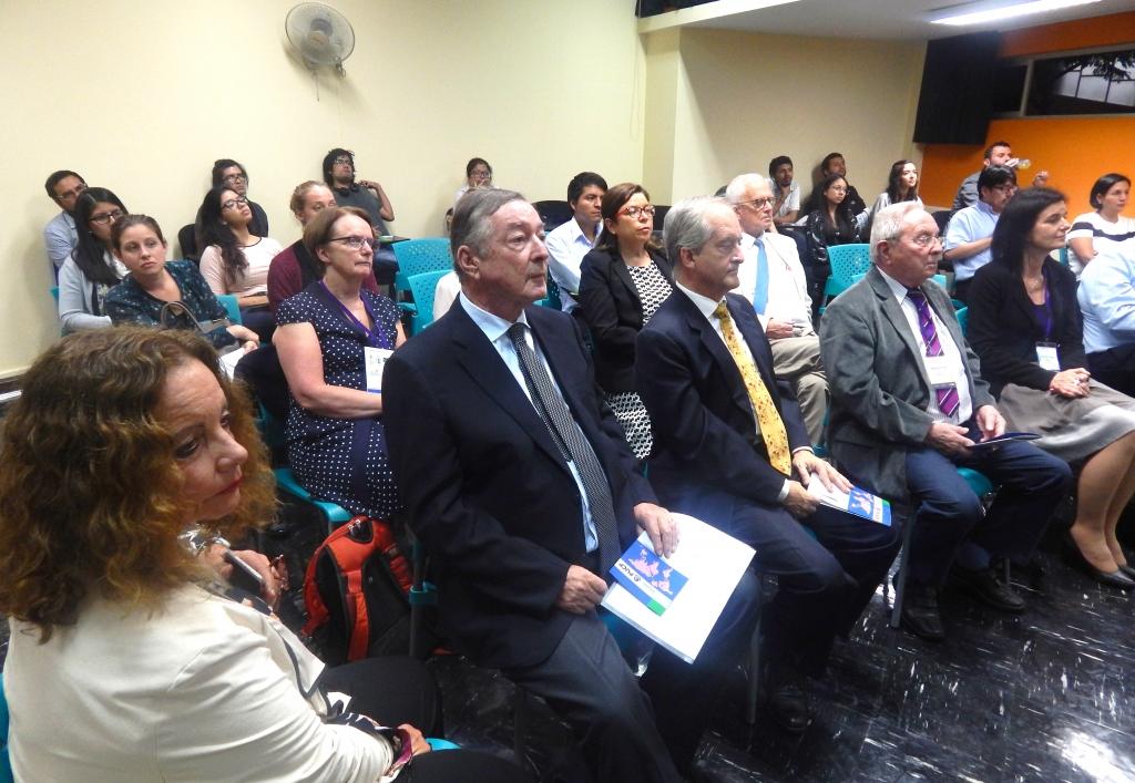 En el evento estuvo presente el Dr. Ciro Alegría, Decano de la Escuela de Posgrado